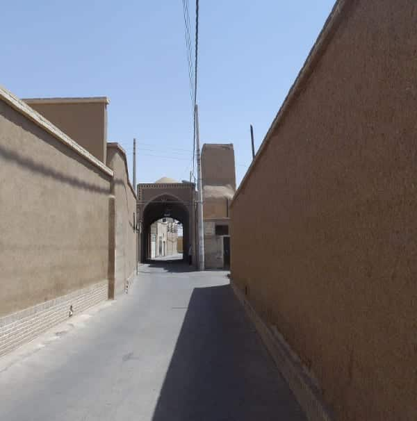 Labyrinth of alleys in Kashan