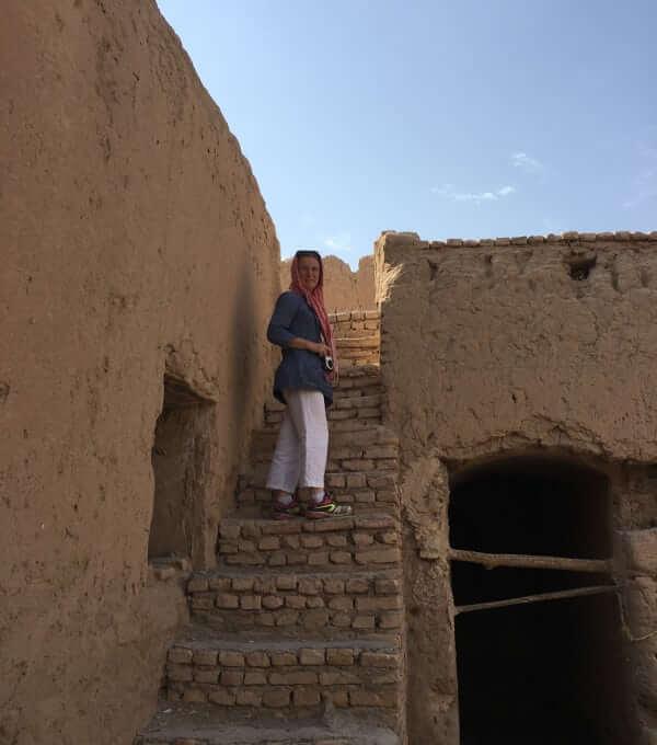 Village de Saryazd - escalier de la bergerie