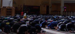 Visite de la mosquée à Shiraz - Slider